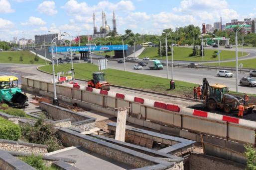 Строительство перехода на Монументе дружбы будет закончено осенью!